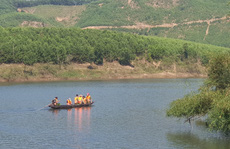 Công an thông tin nguyên nhân vụ đò chở 12 người bị chìm