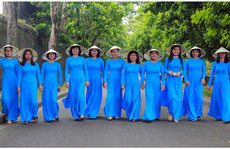 Thừa Thiên - Huế: Thi ảnh 'Nữ CNVC-LĐ với áo dài truyền thống'