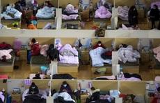Covid-19: Hồ Bắc thêm 136 người chết, số ca tử vong toàn cầu vượt quá 2.000