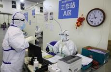 Covid-19: Số ca nhiễm mới giảm mạnh do Trung Quốc lại đổi cách tính