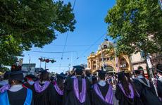 Úc 'giải cứu' sinh viên Trung Quốc