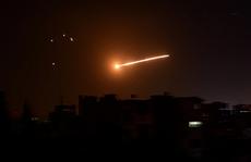 Bị Israel tấn công hàng loạt, thủ đô Syria rung chuyển