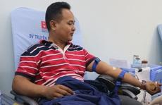 Đông đảo người nhà bệnh nhi Bệnh viện Nhi Đồng 1 tham gia hiến máu nhân đạo