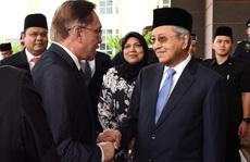 Malaysia: Ông Mahathir Mohamad làm thủ tướng tạm quyền