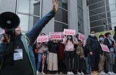 Hồng Kông hạn chế công chức sử dụng khẩu trang phẫu thuật