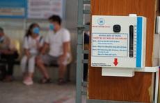 Bệnh viện Thống Nhất chế máy rửa tay tự động độc đáo chống Covid-19
