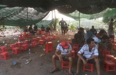 Cảnh sát Tiền Giang nổ súng phá trường gà, bắt giữ 54 người
