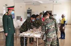 Bên trong khu cách ly ở Hà Nội: 1 cán bộ phục vụ 20 người, suất ăn 57.000 đồng/ngày