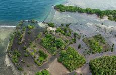 Thành phố giữa biển được xây dựng từ 750.000 tấn đá bazan