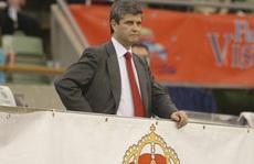 Thêm cựu chủ tịch nhiễm Covid-19, Real Madrid gánh 'sao quả tạ'