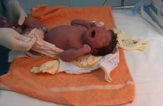 12 y - bác sĩ cấp tốc đến khu cách ly giúp sản phụ sinh con