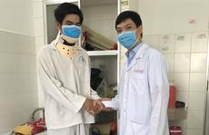 CLIP: Bệnh nhân đầu tiên ở ĐBSCL được thay đĩa đệm nhân tạo cột sống cổ