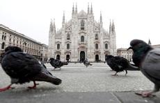 Ý: Lệnh phong tỏa chưa từng có tiền lệ, khách hàng cách nhau hơn 1 mét