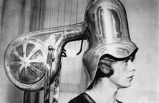 'Tròn mắt' xem các dụng cụ làm đẹp tóc thời xưa