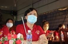 Nhóm 'Chia sẻ- Sharing' của phu nhân nguyên Chủ tịch nước Trương Tấn Sang tặng 10.320 mặt nạ bảo hộ