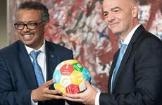 FIFA tung gói trợ giúp 2,7 tỉ USD 'giải cứu' bóng đá