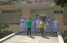 Vỡ òa niềm vui khi 2 bệnh nhân Covid-19 cuối cùng ở Bình Thuận xuất viện