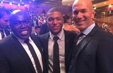 Ngả mũ với biệt tài mua sắm cầu thủ của HLV Zinedine Zidane