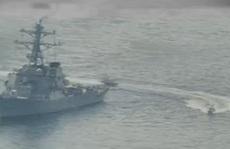11 tàu Iran áp sát tàu Mỹ ở vùng Vịnh