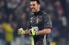 Gianluigi Buffon: Khát vọng tuổi 42