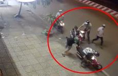 CLIP: Cán bộ phường ở TP HCM vây bắt kẻ trộm