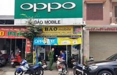Quảng Bình: Phát hiện thêm 2 cửa hàng bán điện thoại 'lậu'