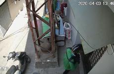CLIP: Táo tợn đột nhập vào căn nhà ở quận 5 - TP HCM giữa ban ngày