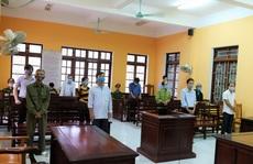 Thiếu trách nhiệm, 3 cựu cán bộ huyện ở Thanh Hóa 'chia nhau' 18 tháng tù