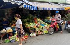 Ngày đầu nới lỏng giãn cách, nhiều người vẫn ngại đi chợ