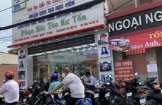 Tiệm cắt tóc ở TP HCM có bị cấm hoạt động?