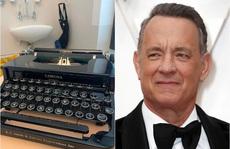 Tom Hanks hồi âm và tặng quà cho cậu bé bị bắt nạt vì tên Corona