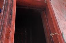 """Chi cục Thủy sản Cà Mau vén màn """"bí mật"""" bên trong 9 khoang của tàu cá"""