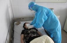 Bác gái bệnh nhân Covid-19 số 17 bất ngờ sốt trở lại, rối loạn đông máu cao hơn bình thường