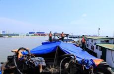 Bất ngờ với bí mật trên con tàu ở tuyến phao Phước Long, quận 7