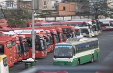 Xe khách hoạt động lại ở TP HCM: Trung bình mỗi xe 7 hành khách