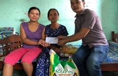 ATM thực phẩm miễn phí tặng quà gia đình anh Duy 've chai'