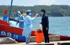 8 ngư dân bị tàu Trung Quốc tông chìm đã về đất liền