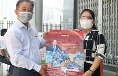 Báo Người Lao Động 'tiếp lửa' cửa ngõ phía Tây TP HCM chống dịch Covid-19