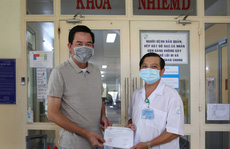 TP HCM: Bệnh nhân Covid-19 thứ 9 trong ngày ra viện, nghẹn lời cảm ơn bác sĩ