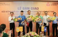 'Bầu' Hiển góp lực cho CLB đang chơi bóng ở Giải hạng Nhì quốc gia