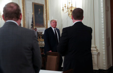Tổng thống Mỹ tăng sức ép lên WHO
