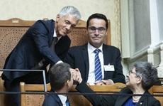 Tổng chưởng lý Thụy Sĩ sắp mất chức vì… tích cực điều tra FIFA