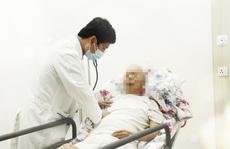 Đặt stent trong lòng stent để cứu người đàn ông bị bệnh viện trả về
