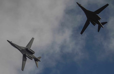 Chủ tịch Trung Quốc ra lệnh quân đội sẵn sàng, máy bay Mỹ đến gần Hồng Kông