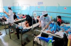 135 học sinh nhập viện sau khi ăn bánh mì từ thiện tại trường