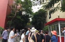 """Nộp học phí chậm, phụ huynh Trường Việt Úc """"bị phạt"""" 0,2 %/ngày"""