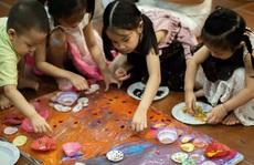 'Vẽ lên cổ tích' gây quỹ cho trẻ khiếm khuyết