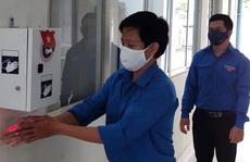 Thi thiết kế máy rửa tay sát khuẩn tự động