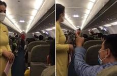 Hành khách gây rối trên máy bay từ Hà Nội đi TP HCM bị phạt 10 triệu đồng, cấm bay 1 năm