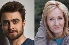 """""""Harry Potter"""" Daniel Radcliffe khẳng định phụ nữ chuyển giới là phụ nữ"""